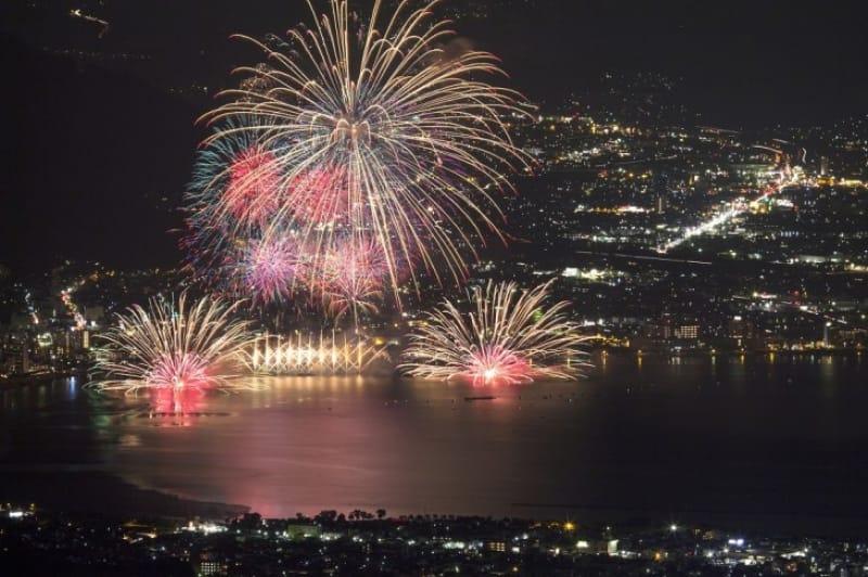 諏訪湖の花火を見る穴場スポット!