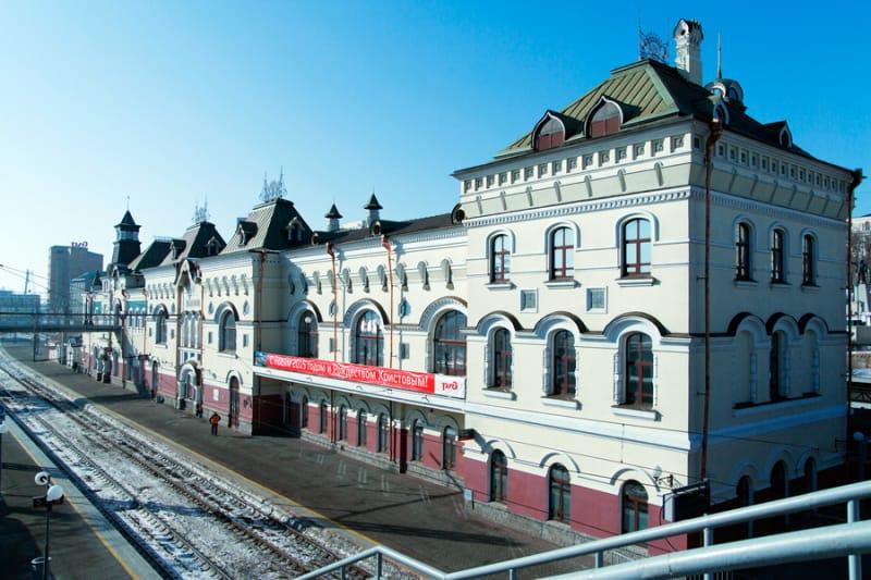 シベリア鉄道の発着点・ウラジオストク駅