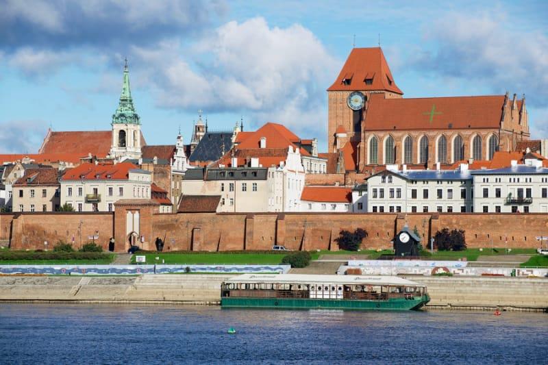 ドイツの面影残る中世都市トルン