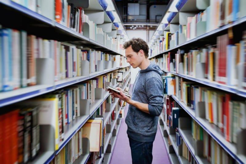 3年次で大学編入という考え方は一般的である。