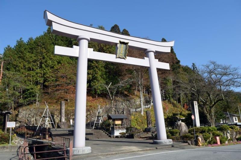 糸守町の聞き込みシーンにあった「気多若宮神社」
