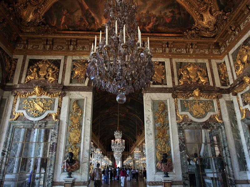 絢爛豪華!美しすぎる宮殿や城を集めました7選 | tabiyori どんな時も ...