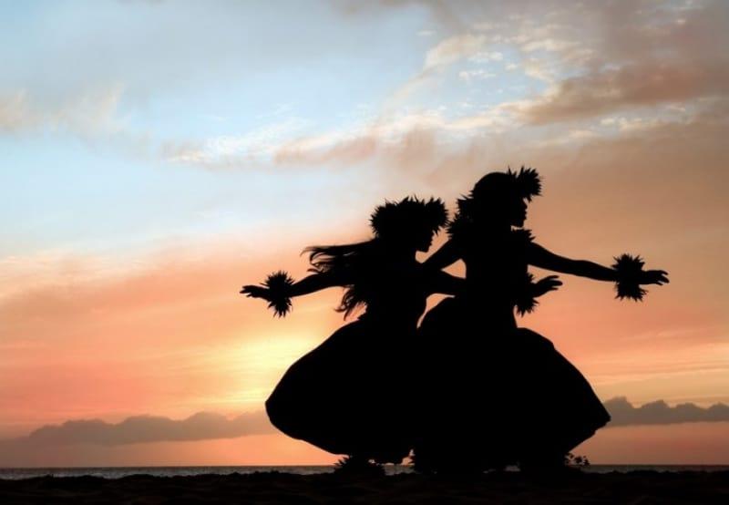 ハワイの神様とフラダンス