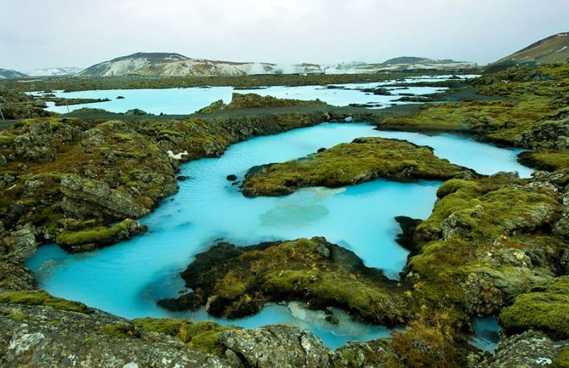 8位 不思議な光景!「Blue Lagoon parking」
