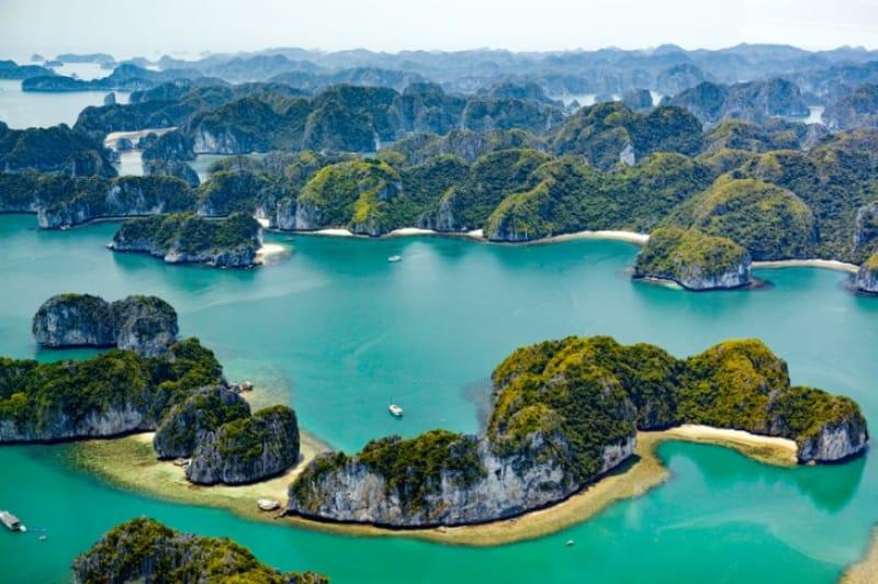 数千もの奇岩がつくる特異な景観