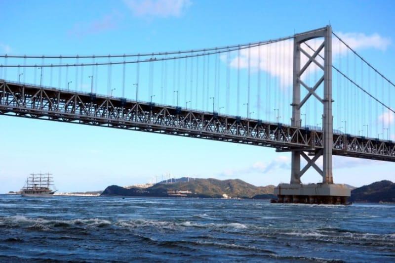 徳島県鳴門市の大鳴門橋
