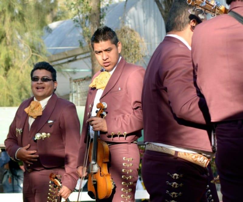 メキシコを代表する楽団マリアッチ