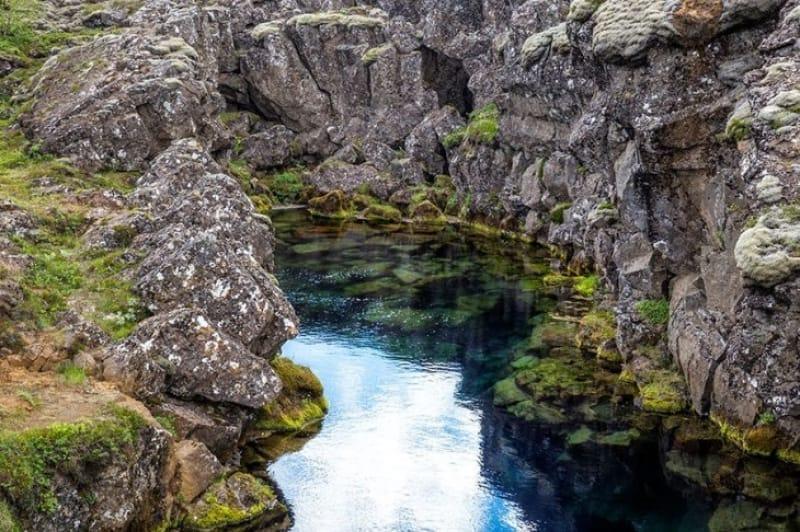 ダイバーが目指すはアイスランド