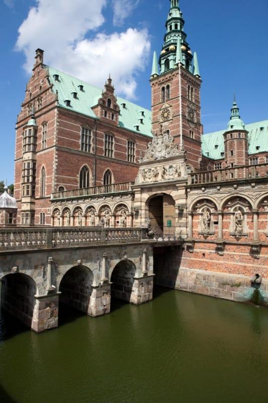 一つ一つの装飾が美しいフレデリクスボー城