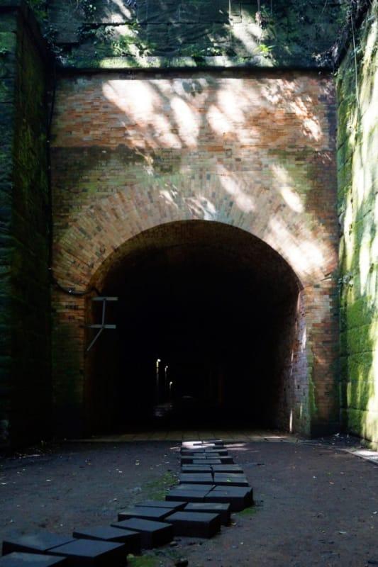 理由その4 愛のトンネルに入って恋愛成就できるから