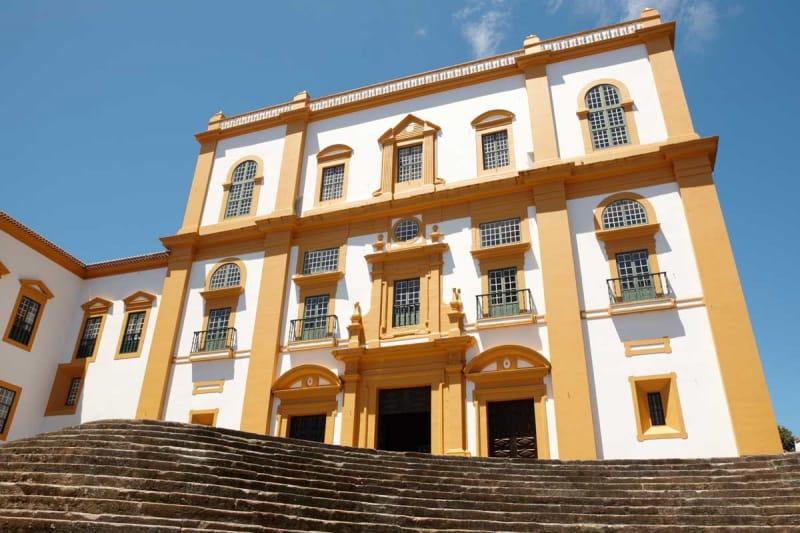 要塞の街・アングラ・ド・エロイズモ