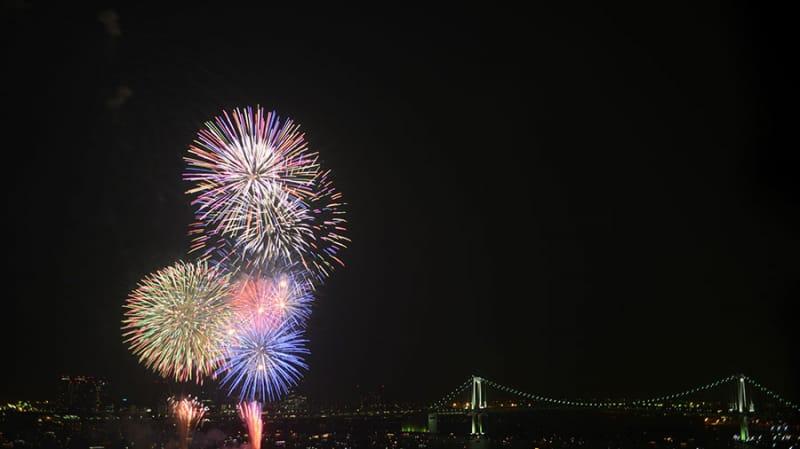 東京最大級の尺5寸玉!『東京湾大華火祭』