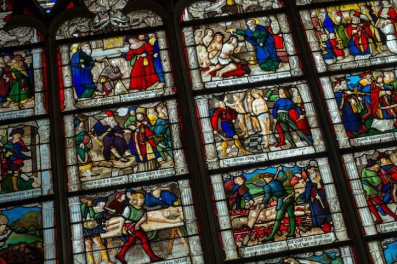 シャルトル大聖堂の聖母マリア