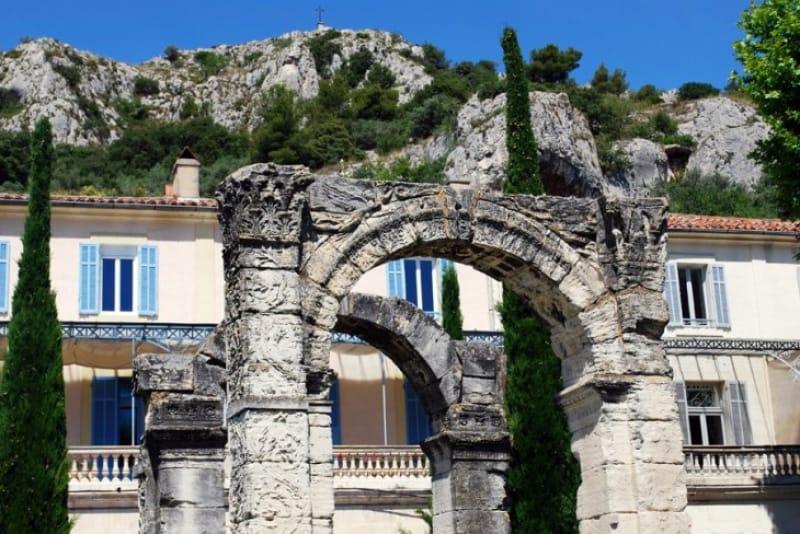 ローマ時代の交通要所「カヴァイヨン」