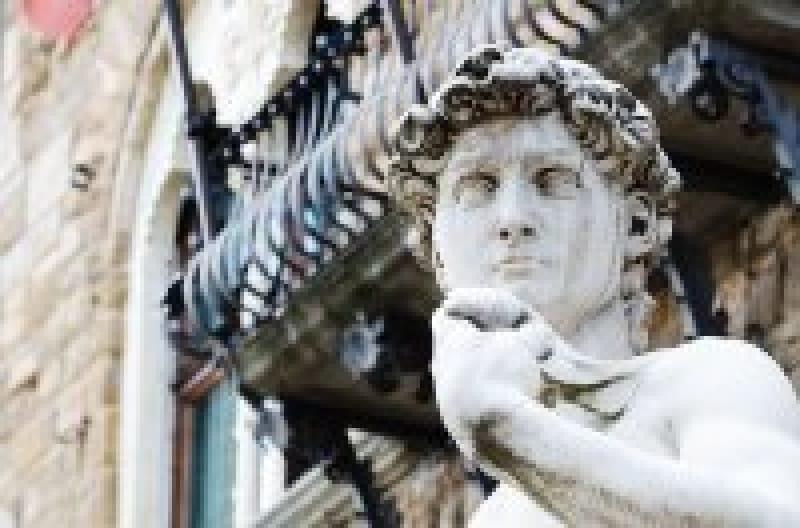 「ダヴィデ像」って誰?なんでレプリカが飾ってあるの?イタリアの世界遺産「ダヴィデ像」をご紹介 | wondertrip