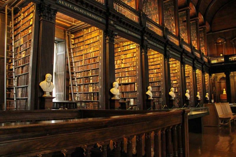 チェスター・ビーティー図書館