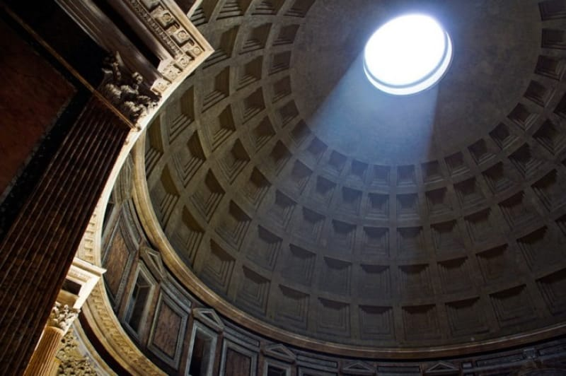 完璧な古代ローマ建築をみよう パンテオン
