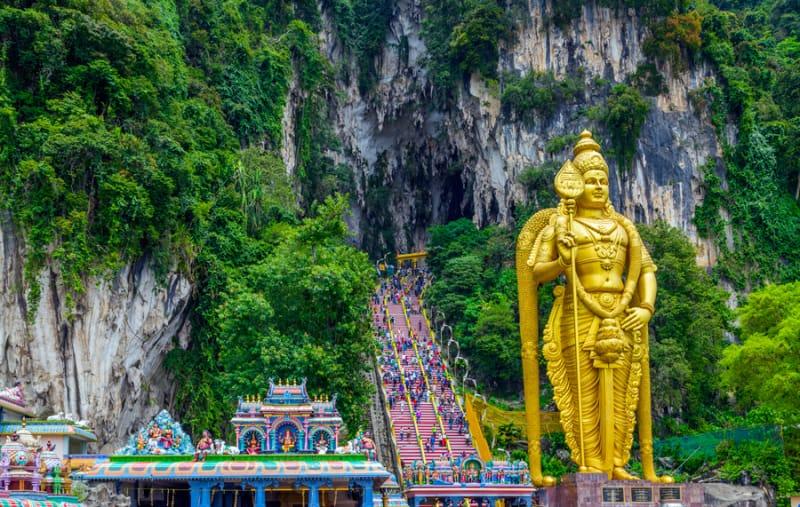ヒンドゥー教の聖地、バトゥ洞窟