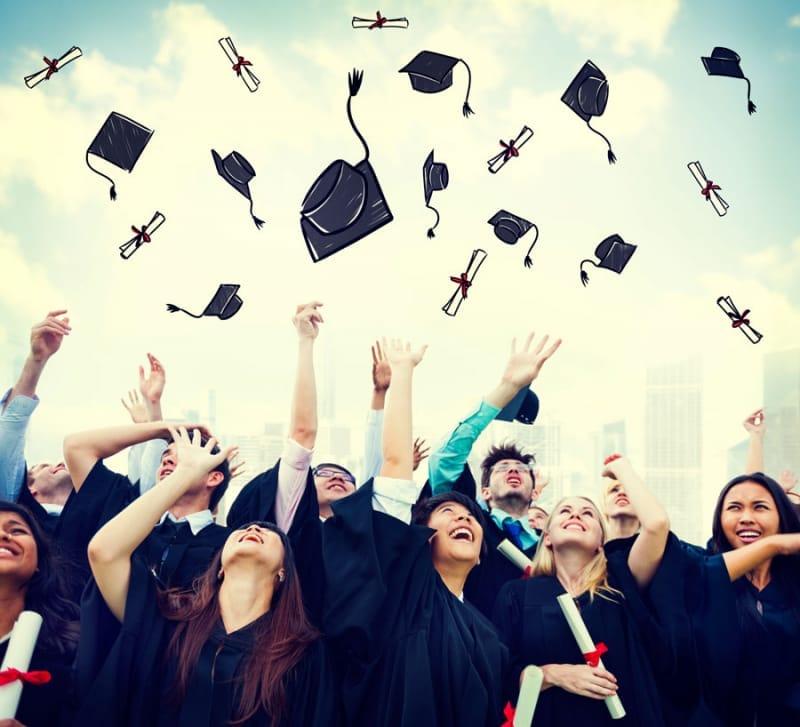 大学は6年間?ほとんど全員が4年で卒業するというわけではない。