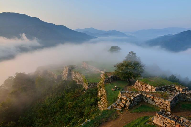 天空の城、日本のマチュピチュとも…