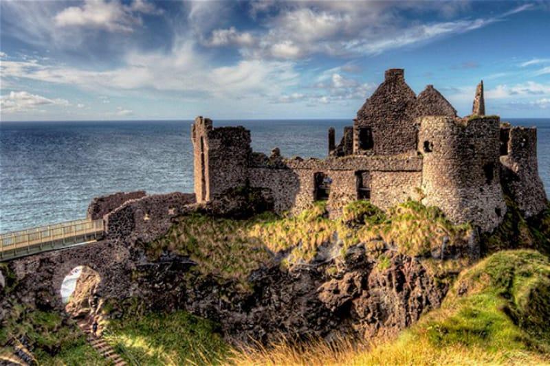 ダンルース城(Dunluce Castle)