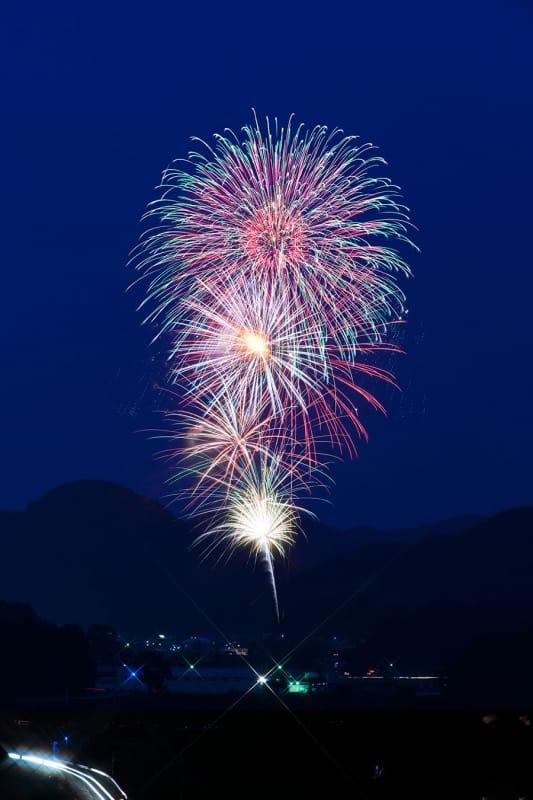 関西で唯一の花火競技会がある『宇陀市はいばら花火大会』