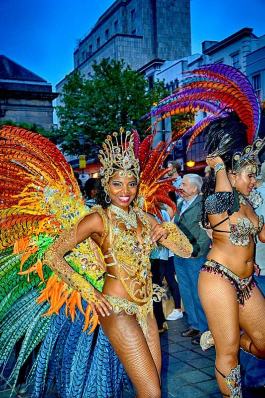 ブラジルといえばこれ。「リオのカーニバル」