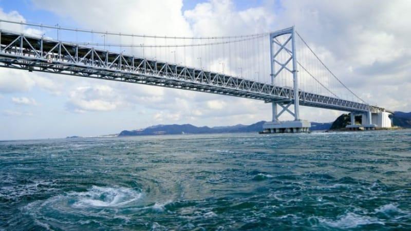 渦潮を真上から見てみよう・兵庫/徳島〈大鳴門橋〉