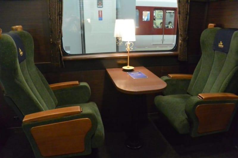 99701:落ち着いた雰囲気のデラックスシート