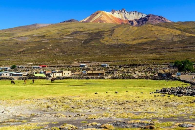 標高5000m超の山・トゥヌパ山
