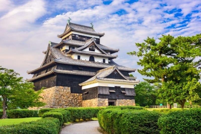 昔の姿を美しく残す「千鳥城」