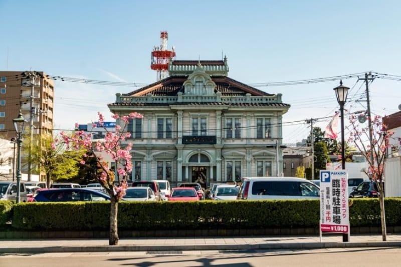 歴史的な青森銀行記念館