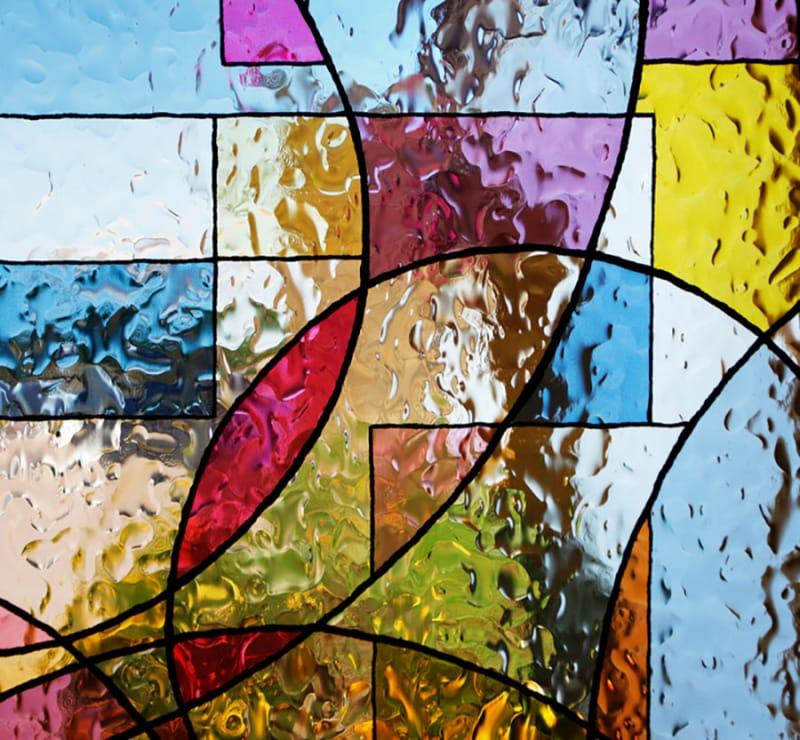 ステンドグラスの美しさに魅せられて・由布院ステンドグラス美術館