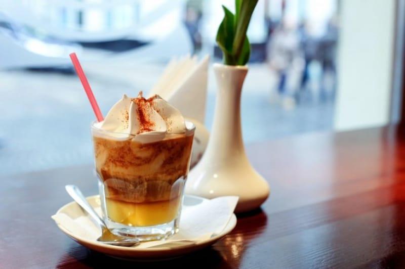 おしゃれなカフェでくつろぎ時間・オガールプラザ