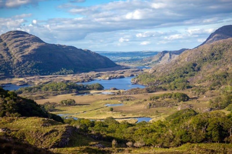 3つの湖とダイナミックな湖が美しいキラーニー国立公園