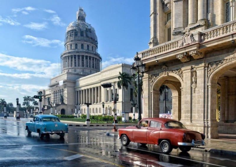 キューバを誇る観光スポット・カピトリオ
