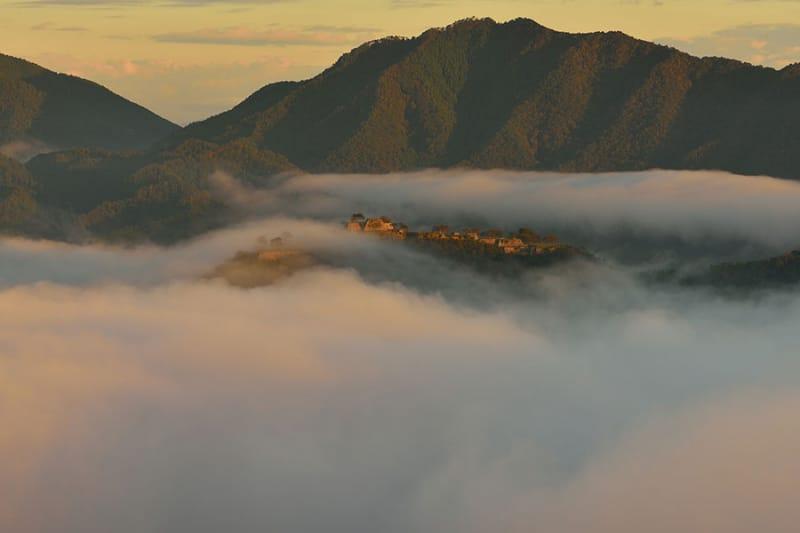 雲海が現れるのは、朝!
