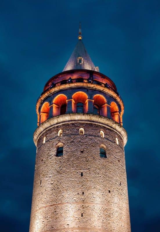 新市街のシンボル、イスタンブール旧市街が一望できる『ガラタ塔』
