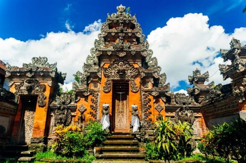 神秘的な寺院