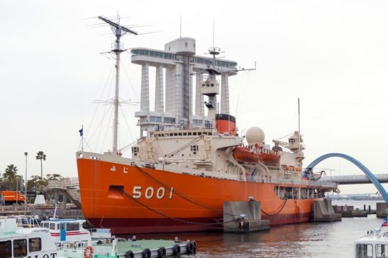 日本の2代目南極観測船・ふじ