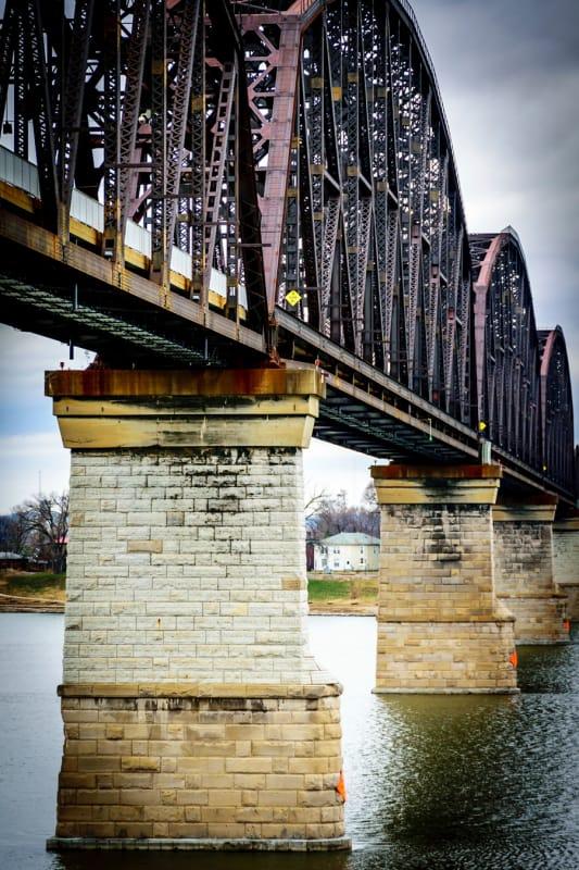 自然を楽しみながらお散歩「ビッグ4橋」
