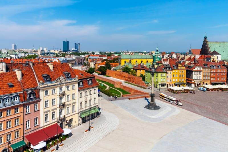 市民の修復により見事に蘇ったワルシャワ歴史地区