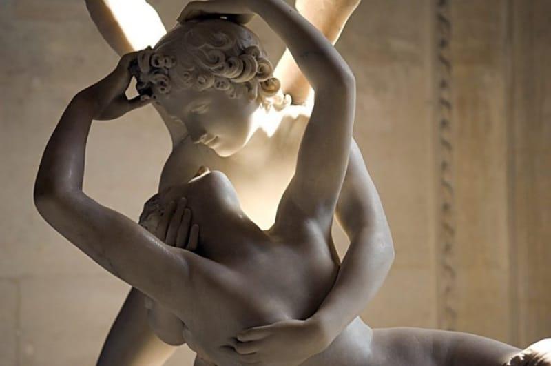 ロマンスから始まったローマ