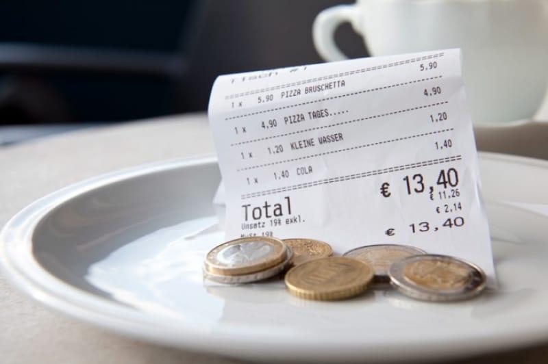 ローマのレストランで、チップは必要?