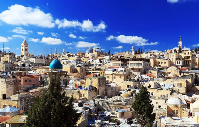 「エルサレム神殿」はローマ軍によって放火されほぼすべてを失った