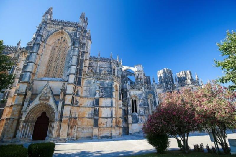 ポルトガルを代表する歴史的建造物「バターリャ修道院」