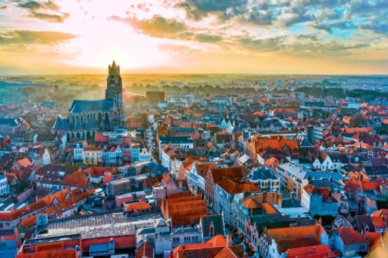中世の街並みを残すブルージュの風景