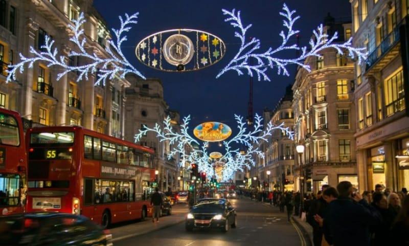 クリスマスで華やぐロンドンの冬