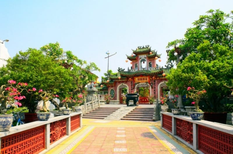 三国志で有名な関羽が祀られているクアンコン廟