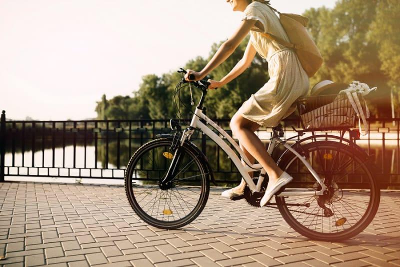 無料自転車を借りて街中を散策してみよう